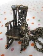 bujane krzesło naszyjnik...