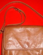 jasnobrązowa skórzana torebka