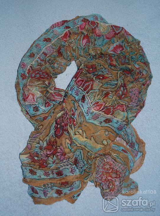 Chusty i apaszki Śliczna apaszka kolorowa
