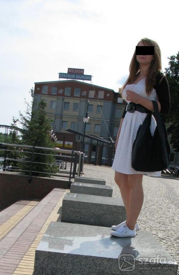 Eleganckie sukienka na zakończenie roku