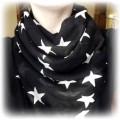 Czarna chustka w gwiazdki