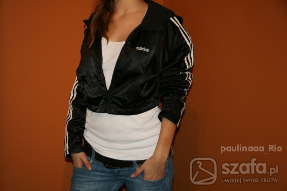 Krótka bluza Adidas SUUUPER w Bluzy Szafa.pl
