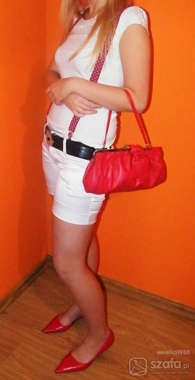 Eleganckie biało czerwono