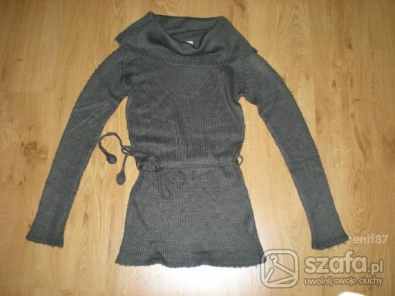 Swetry śliczny szary sweterek