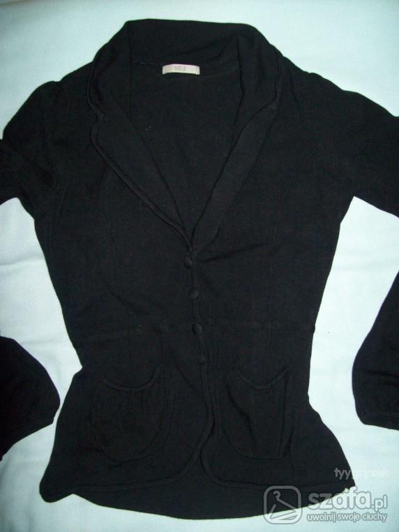 Swetry czarny sweterek ala marynarka