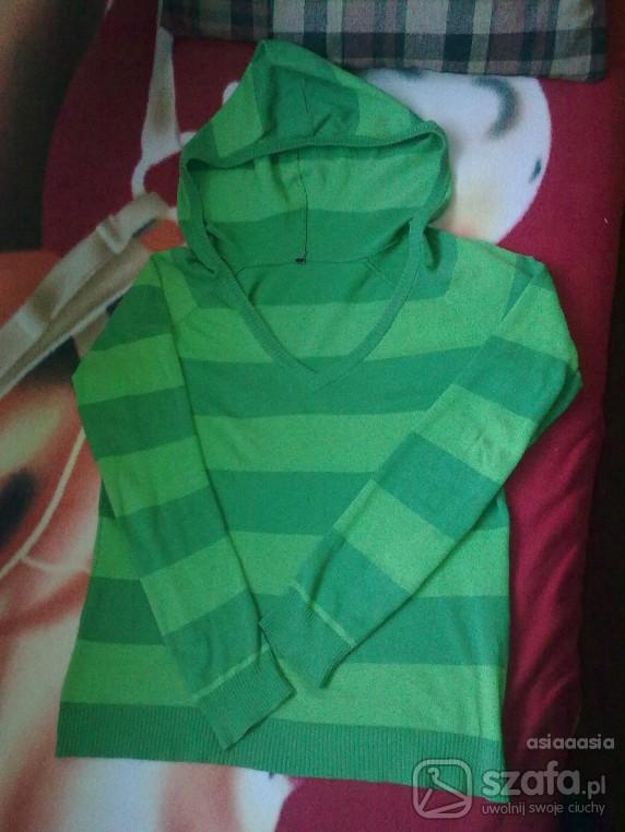 Swetry Zielony sweterek w pasy