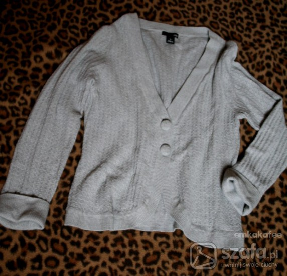 Swetry szary sweterek