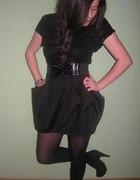 bow skirt...