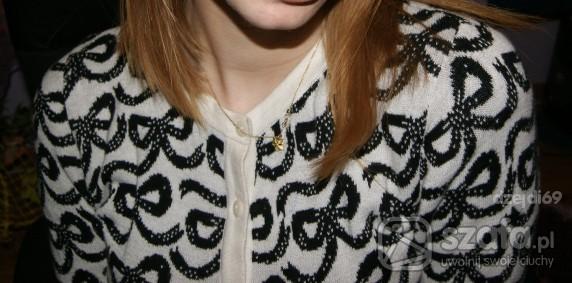 Swetry sweter w kokardki