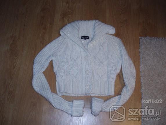 Swetry KRÓTKI CIEPŁY BIAŁY SWETER 38