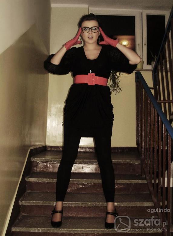 Mój styl Czarny tulipan czarne body