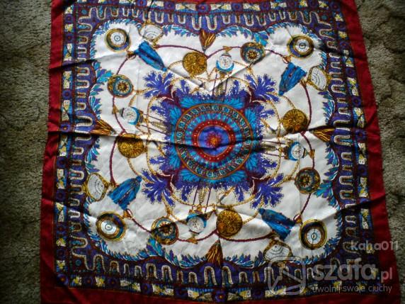 Chusty i apaszki Jedwana apaszka z pięknym motywem zegarków