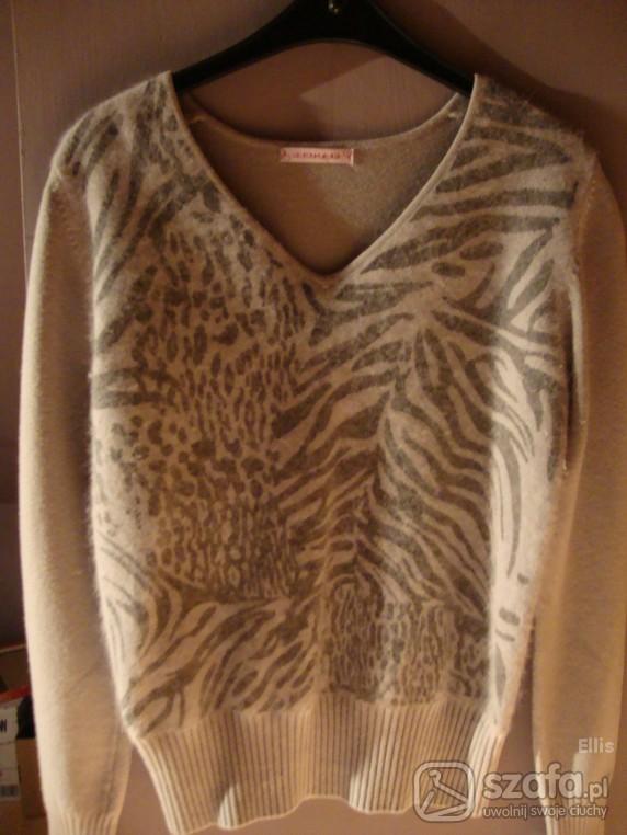 Swetry Popielaty sweterek panterka S