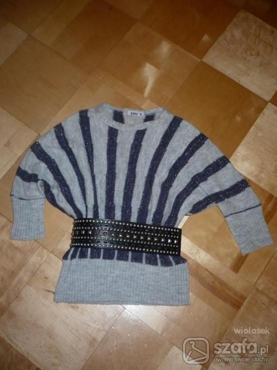 Swetry Sweterek nietoperz