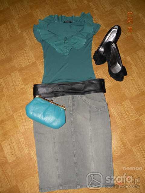 Eleganckie Bluzka z falbaną i szara spódniczka
