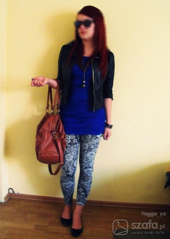 Mój styl Wzorzyste legginsy ramoneska niebieska tunika