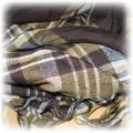 apaszka w brązową krate ze srebrną nitką