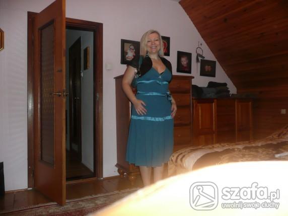 Na specjalne okazje sliczna turkusowa sukienka