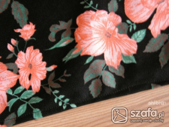 Chusty i apaszki kwiatowa