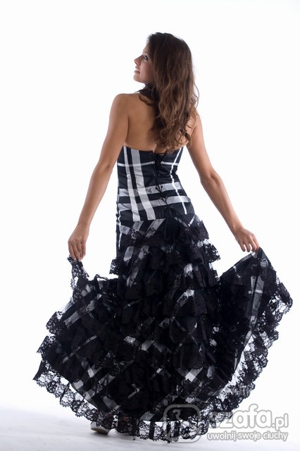 Eleganckie Piękna suknia wieczorowa
