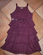 Fiotelowa sukienka z falbanami i cekinami Reserved