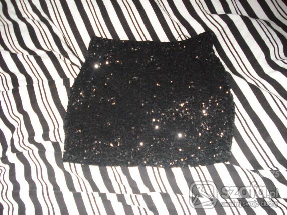 Spódniczka mini bershka z cekinami czarna Xs S