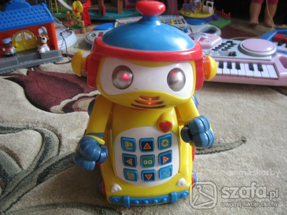 Zabawki ROBOT CHODZI MOWI