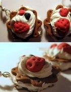 Ciasteczka z bita śmietana i owocami...