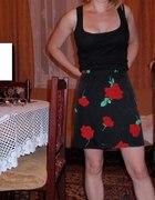 spódnica w róze...