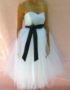 Przecudowna biała sukienka