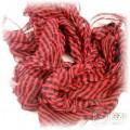 czarno czerwona apaszka