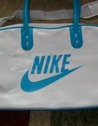 Duża torba Nike...