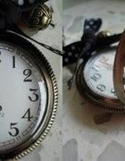 Zegarek na łancuszku...
