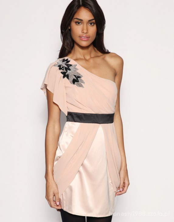Przepiękna sukienka ASOS