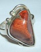 pierścionek z kamieniem srebrny