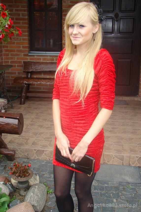 Eleganckie Najbardziej działa czerwona sukienka