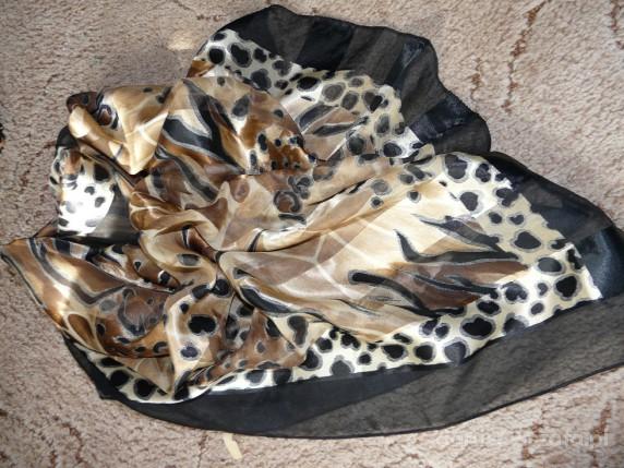 Chusty i apaszki RÓŻNE APASZKI pantera