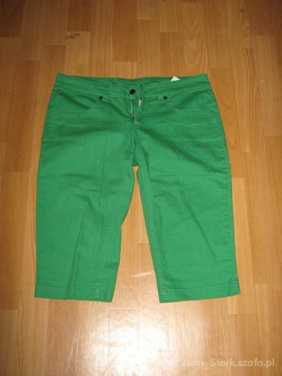 Zielone spodnie rybaczki Terranova rozmiar L
