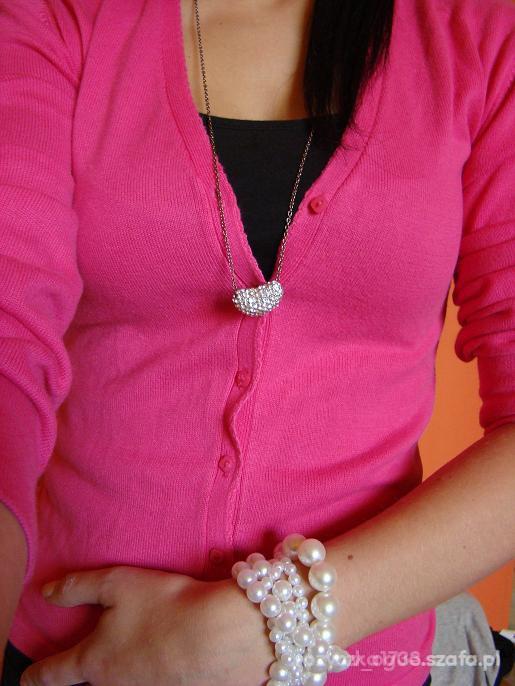 różowy kordigan