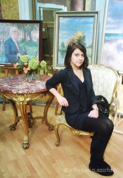 Eleganckie Granatowa elegancja