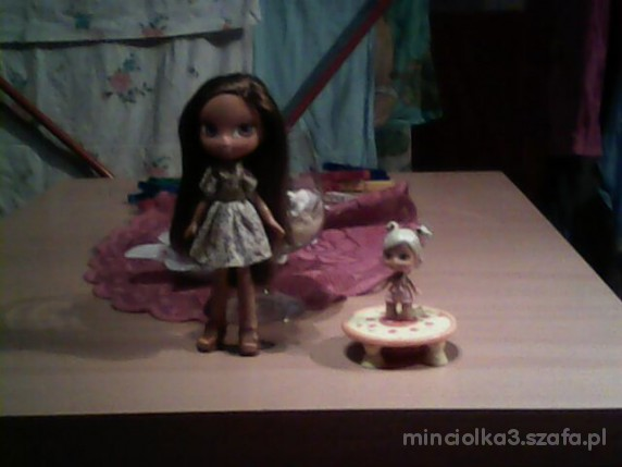 Zabawki 2 laleczki BRATZ z ubrankami