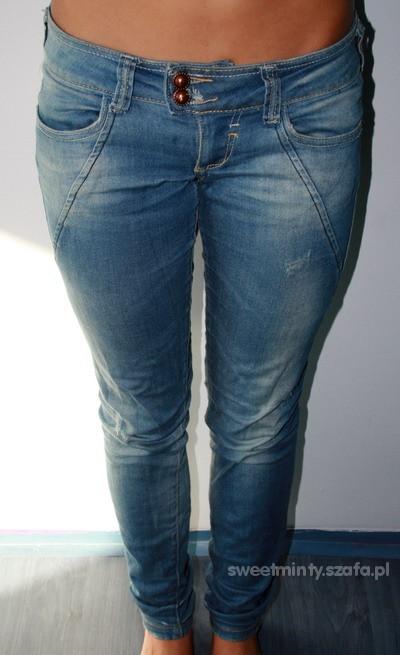 Bershka spodnie S