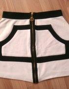 Moschino unikat piękna spódniczka