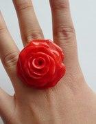 pierścionek różyczka różowa XXL...