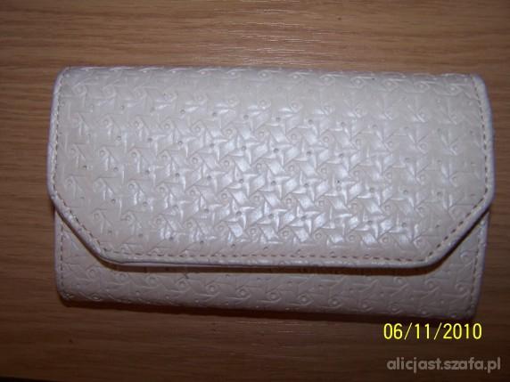 portfel kremowy