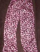 Spodnie od piżamy panterka