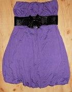 fioletowa sukienka bombka