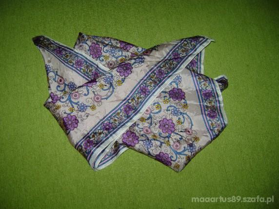 Chusty i apaszki Chusta apaszka w kwiatki