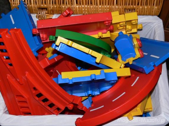 Zabawki kolejka uliczka autka Wader