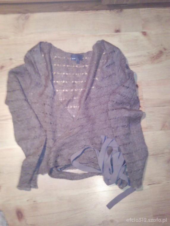Wiązany sweterek...